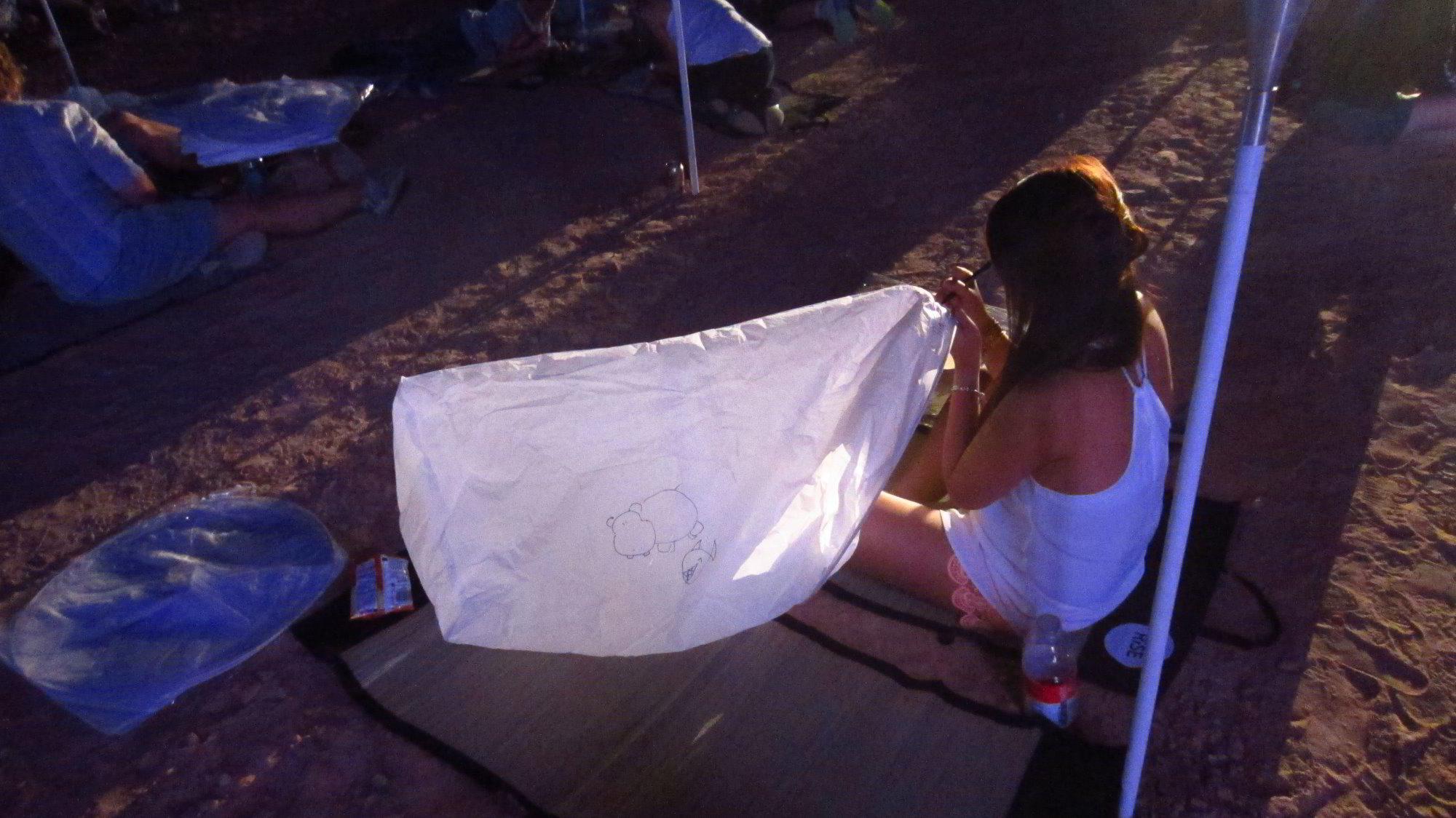 Rise-Lantern-Festival-2015-Mojave-Desert-Las-Vegas-NV-003